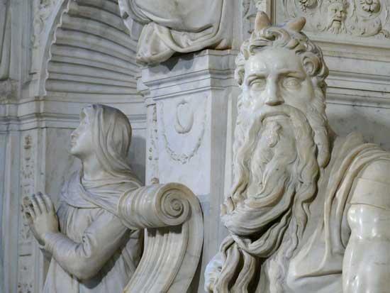 Mosè-di-Michelangelo-Corna