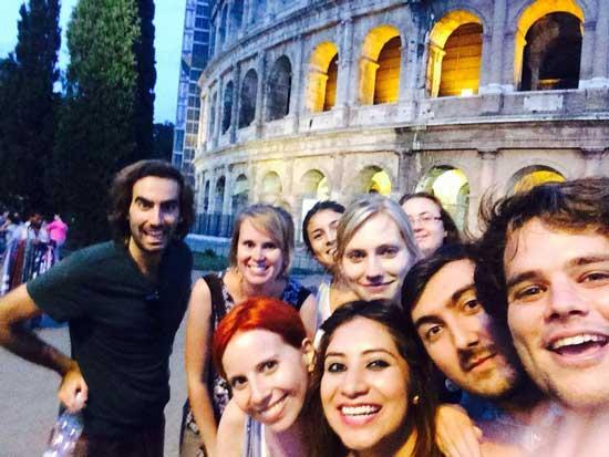 studenti Romit al Colosseo